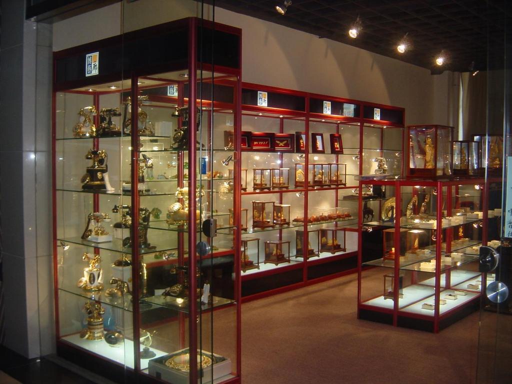 玻璃展示柜_礼品展示架-深圳诺普泰货架厂家